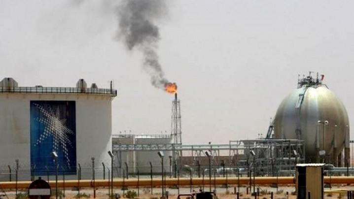 برنامه جدید آرامکو، اختصاص سه میلیون بشکه نفت به تولید محصولات پتروشیمی