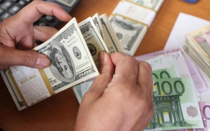 شکسته شدن رکورد عرضه ارز در بازار ثانویه