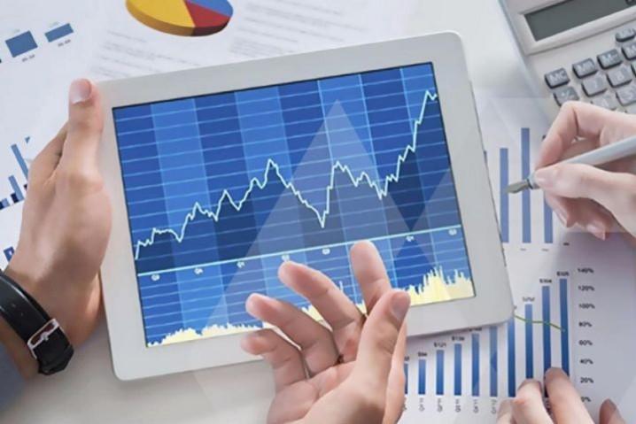 پیش بینی در خصوص روند افزایشی بازار سرمایه طی ماههای آتی