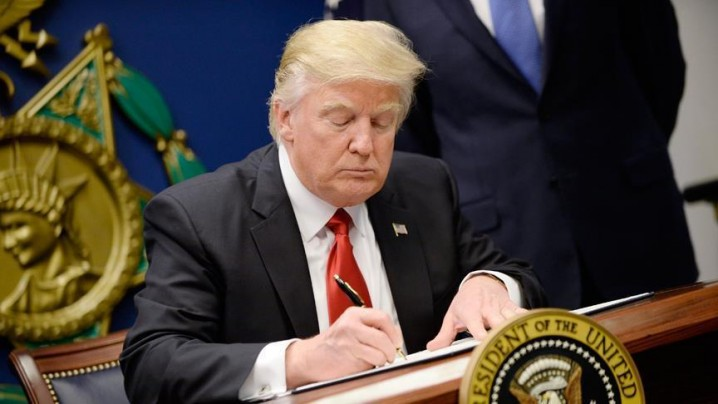 تحریم جدید آمریکا به دلیل ارتباط با صنایع پتروشیمی ایران